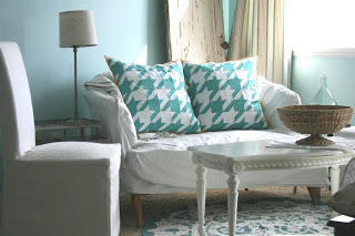 Houndstooth Pattern Furniture
