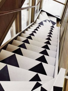 stairs with arrows on them