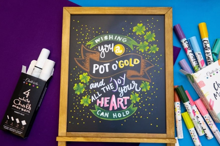 How To Stencil A Chalkboard With Chalkboard Markers